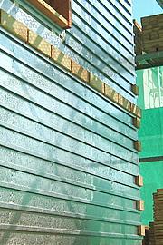 乾式工法のレール式レンガの家